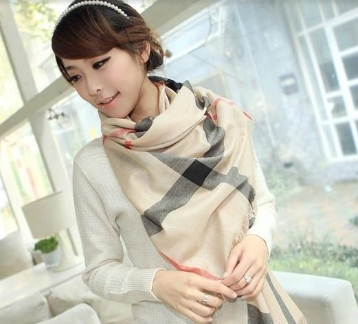春季丝巾系法3