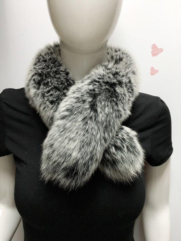 女士灰款毛领围巾