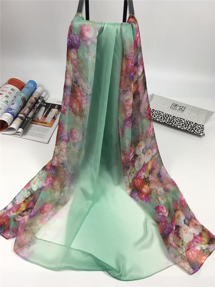 新款春暖花开系列女士仿真丝围巾蓝绿