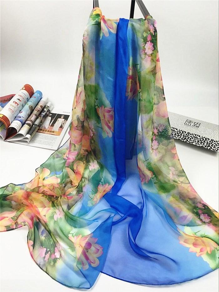 新款出水芙蓉系列超大尺寸女士仿真丝围巾天蓝