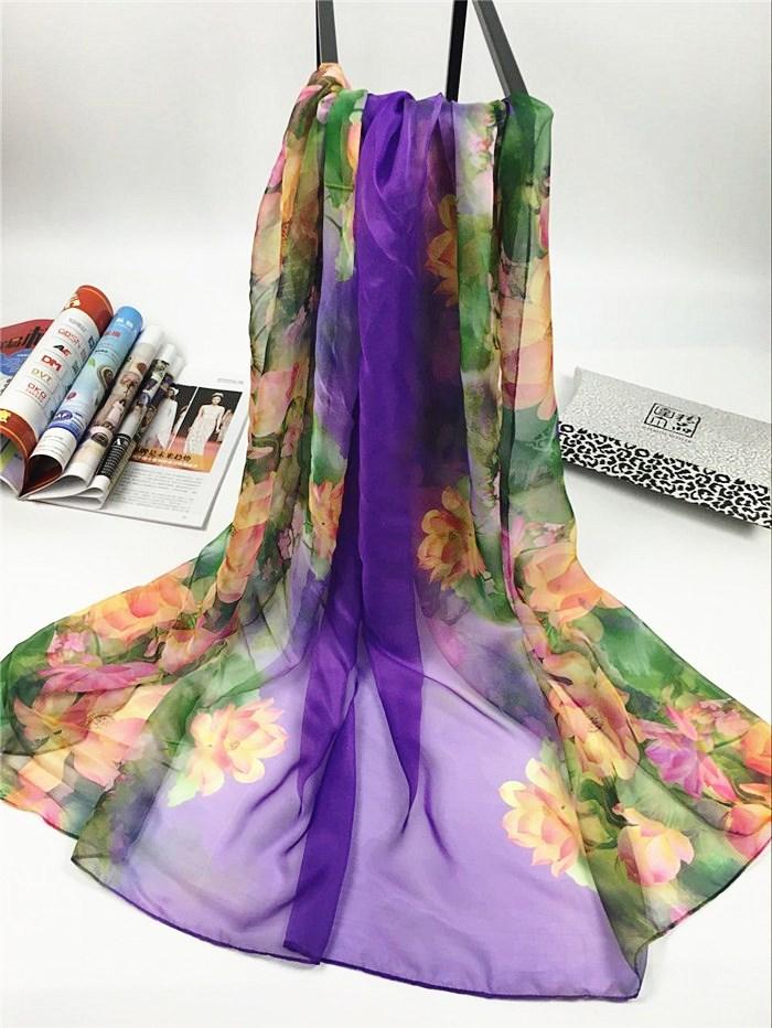 新款出水芙蓉系列超大尺寸女士仿真丝围巾紫色