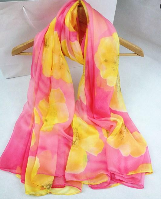 新款仿数码丝巾粉红