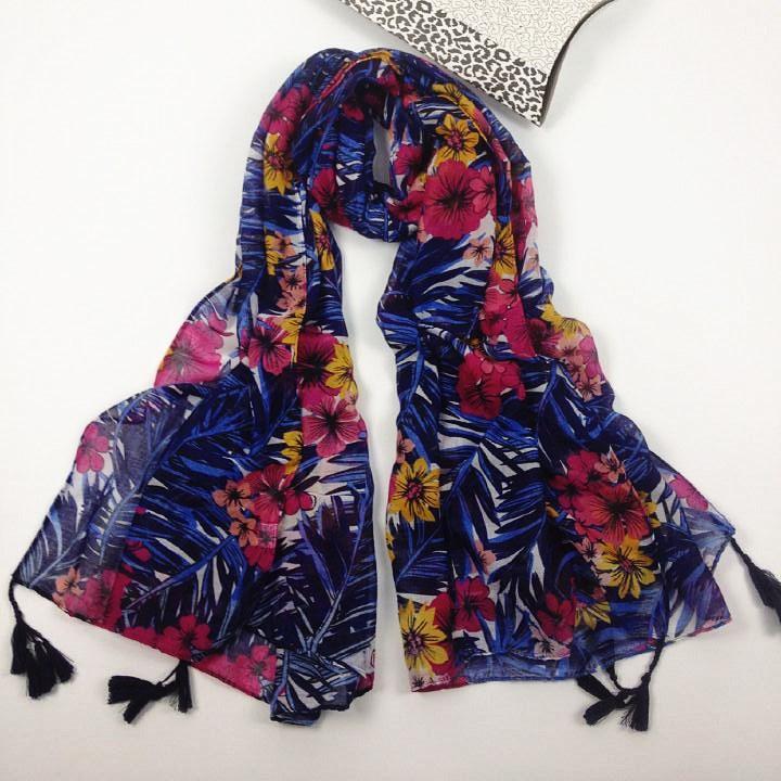 夏威夷风情挂须巴厘纱围巾
