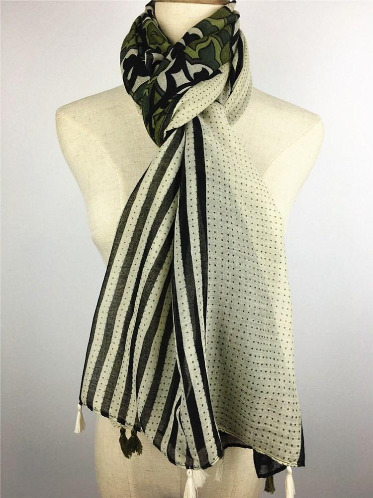 绿色斑点巴厘纱围巾