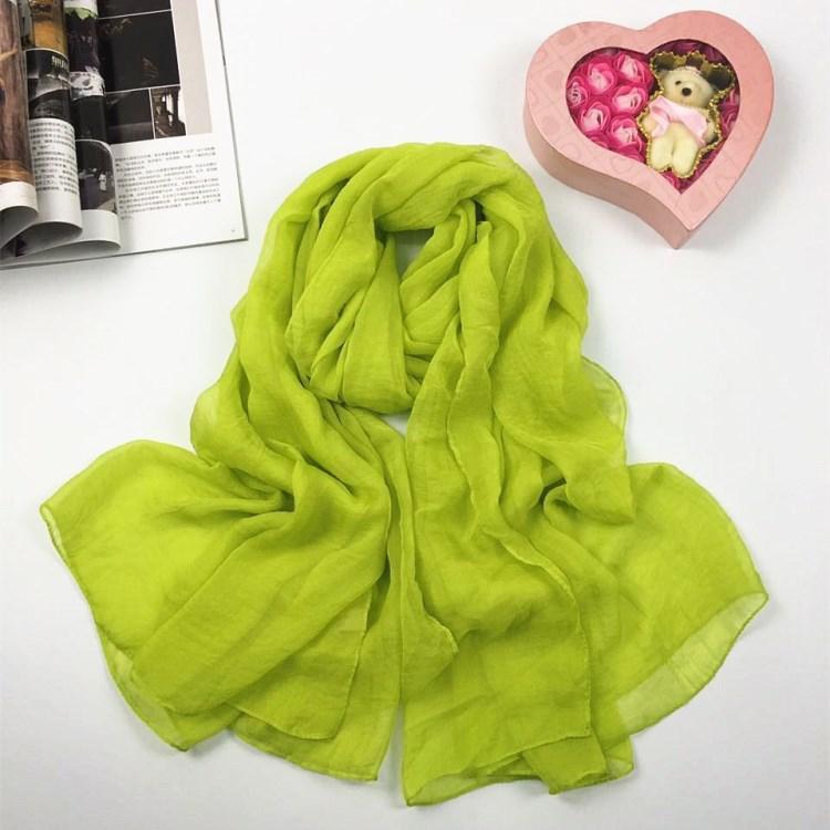 纯色仿真丝丝巾浅绿色