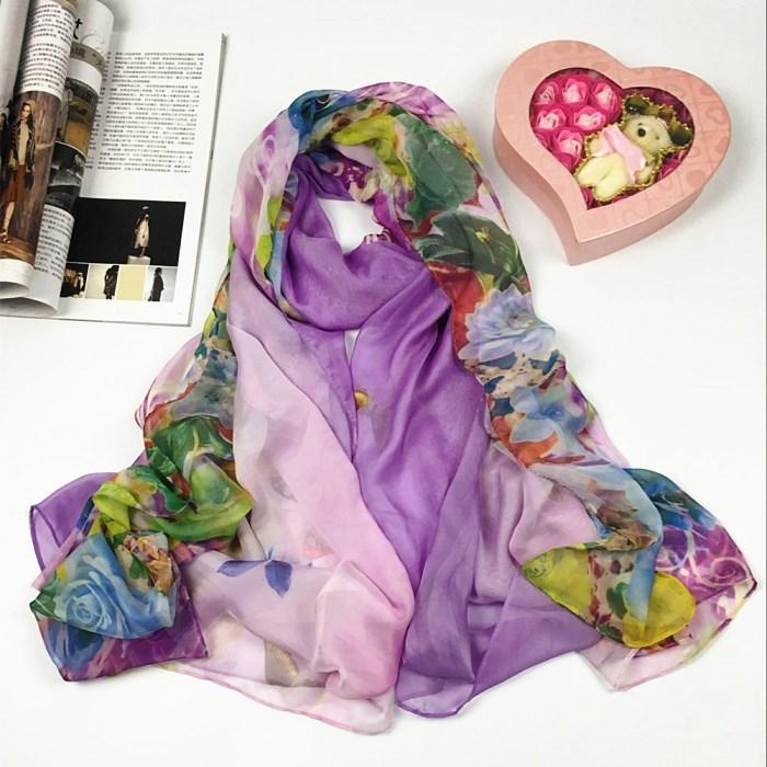 新款蝴蝶系列仿真丝丝巾紫色
