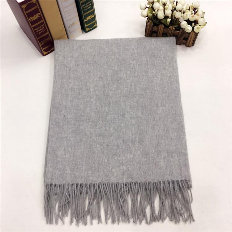 新款秋冬羊绒挂须围巾灰色